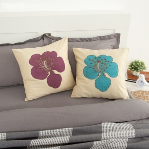Подушка декоративная Цветок синий индийский хлопок